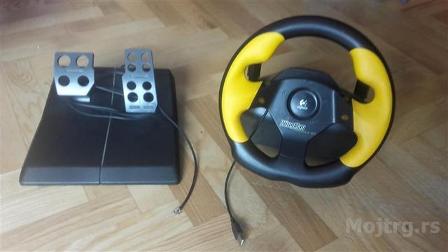 Volan-pedale-za-trkacke-igrice-dzojstik-za-avione
