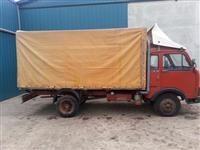 Prodajem zastava kamion 35.8