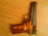 Pistolj m88