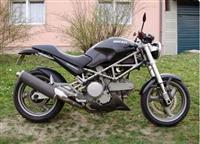 Ducati Monster 620i -02