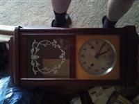 Prodajem zidni sat sa slike