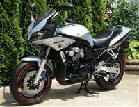 Yamaha FZS 600 FAZER - 03