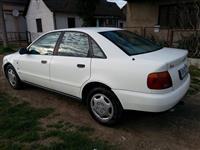 Audi A 4 stranac 1.6 b KLIMA kao nov-97