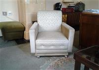 4 fotelje i sofu