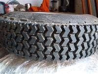 Protektirane Dunlop gume sa celicnim felnama