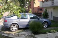 Renault Laguna -04