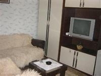 Izdajem dve sobe u Leskovcu kod klinike
