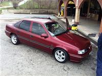 Opel Vectra A 2.0 u extra stanju -94