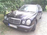 Mercedes  E 220 - 98