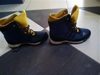 Cizme Adidas ORIGINAL Br38 1/2