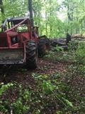 Sumski traktor timbecek 240e