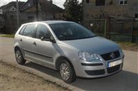 VW Polo -08