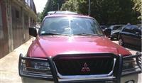 Mitsubishi Montero -00