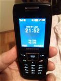 Samsung E250i , extra stanje , sim free