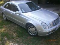 2002 Mercedes E 220