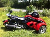 Spider motocikl