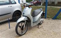 Yamaha Why -06