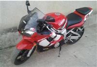 Yamaha R6 - 02
