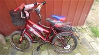 Dva mala decija bicikla