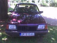 Opel Ascona -85