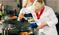 Potrebne osobe na poziciji kuvara
