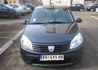 Dacia Sandero -08