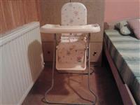Stolica za hranjenje bebe