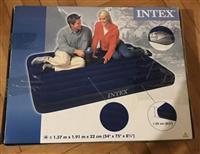 Hitno prodajem super povoljno vazdusni dusek INTEX