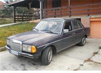Mercedes-Benz 200 D -82