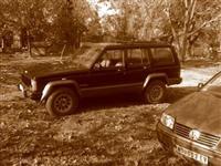 Jeep Cherokee  - 89