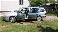 Renault Megane Karavan -01