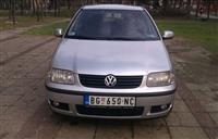 VW Polo Limuzina -01