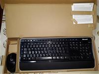 Komplet Bežični miš i tastatura marke MICROSOFT