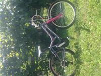 Ženska kapriolo bicikla