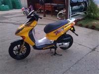 Honda x8r  - 02