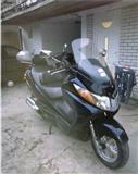Suzuki Burgman 400 -04