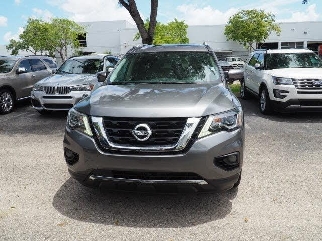 2017-Nissan-Pathfinder-Platinum-for-sale-