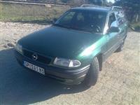 Opel Astra 1,7td - 96