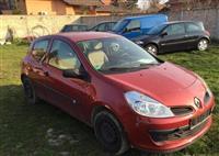Renault Clio 1.4i -07
