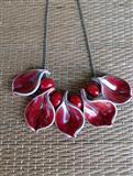 Ogrlica - crveno