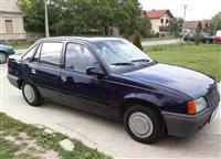 Opel Kadett 1.4s prelep -91