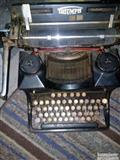 Pisaca masina iz 1927.