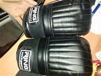 prodajem rukavice za boks