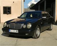 Mercedes Benz E 220 classik -97