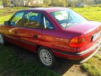 Opel Astra -92