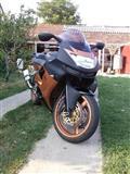Kawasaki ZX6rR HITNO