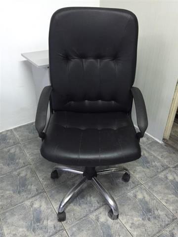 Kožna Stolica Fotelja 4