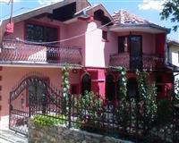Izdaje se apartman, namešteni, Vranje, centar. 70