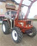 Traktor Fiat 566 DT 4X4 sa viljuskom