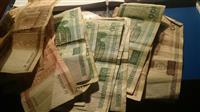 Prodajem stare ruske pare godina 2000